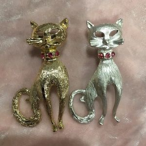 Adorable Vintage Cat Scatter Pins Silver & Gold